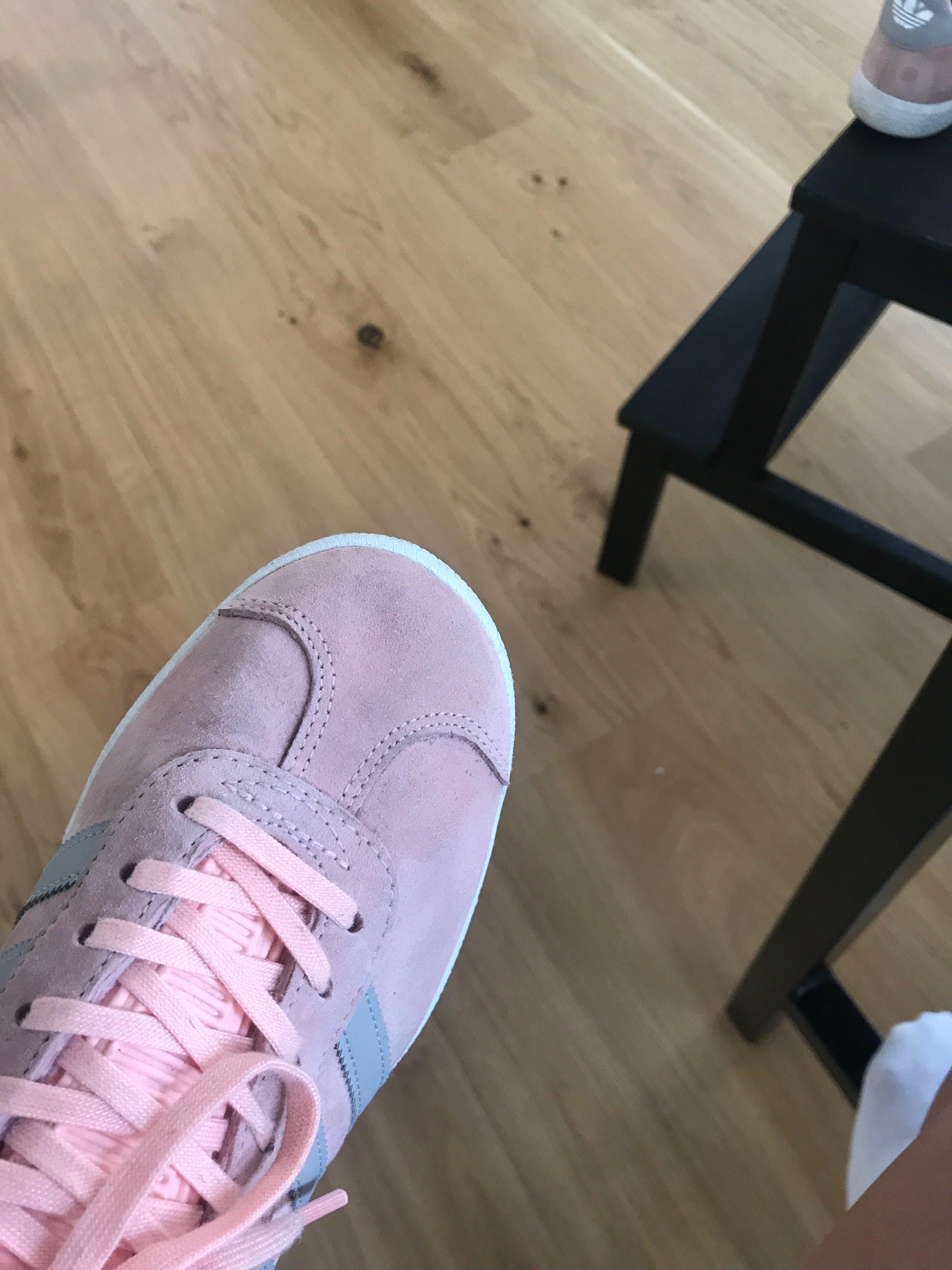 lägre pris med försäljning usa online uttag online Rengör dina mocka Sneakers! (Tips) - Fannie Redman - Metro Mode